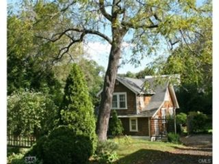 5 BR,  6.00 BTH  Colonial style home in New Canaan